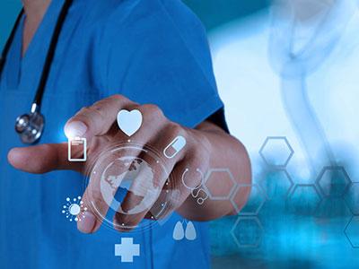 马化腾:互联网+医疗 技术不难 破现有体制难