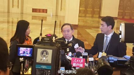 """教育部长袁贵仁:现行入学""""划片"""" 政策是被""""逼""""出来的"""