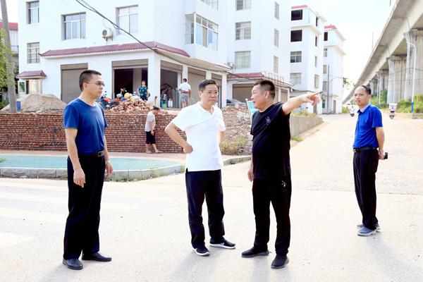 13 万新村房相改造项目现场