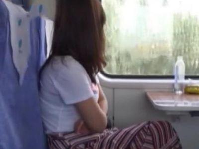 男子列車上猥褻女學生 拘!