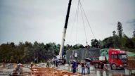 我省首个模块化游客中心建筑完成吊装