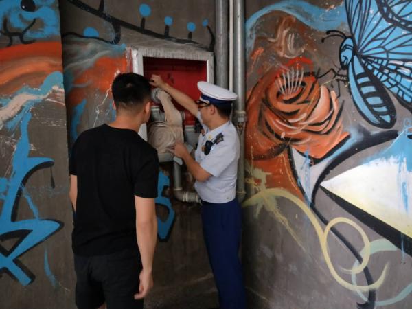 安福消防大队开展消防产品专项检查(安福消防大队供图)