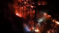 南昌森林火灾燃烧12小时  400人连夜驰援