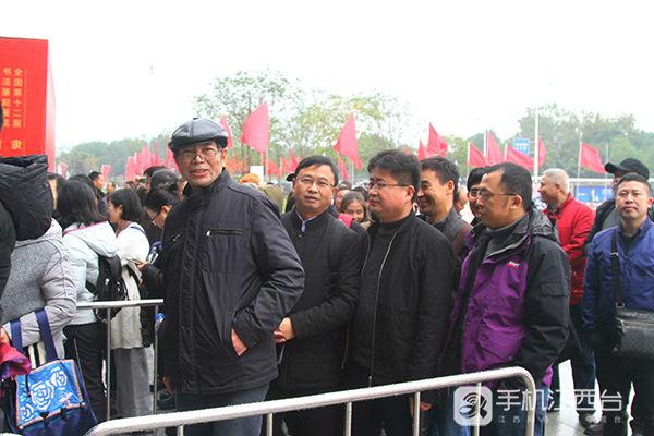 九江名家游学潇湘(江西网络台记者周学军摄)