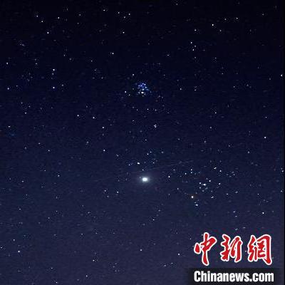 图为双子座流星雨(资料图)。 紫金山天文台 供图 摄