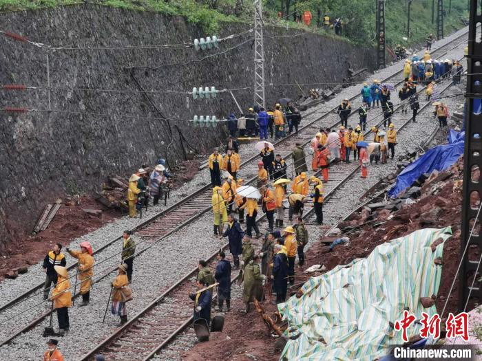京广铁路郴州段已具备通车条件