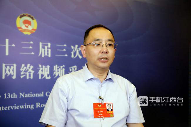 全国政协委员、江西科技师范大学副校长徐景坤_副本