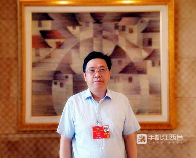 全国政协委员、江西师范大学校长梅国平_副本