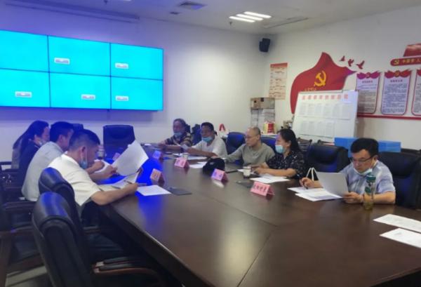 5月28日组织专家评审小组初评