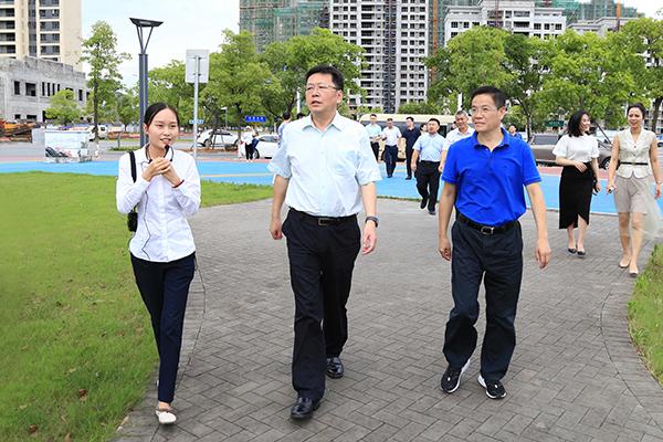 5 参观翠湖公园