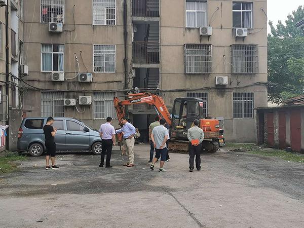 老区政府家属楼改造前 (1)