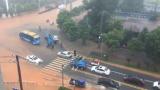 暴雨致城市内涝  吉安市中心城区多处路段一片汪洋
