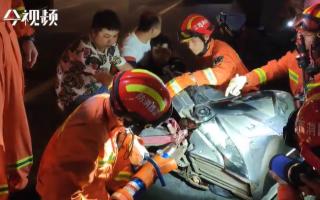 优德w88体育南昌:男子脚踝被刺穿 消防紧急救援