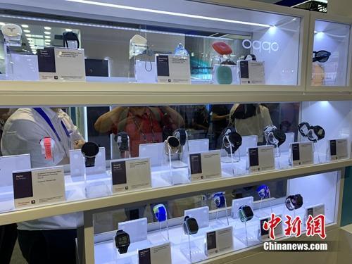资料图:5G终端产品展示。<a target='_blank' href='http://www.chinanews.com/' rel=