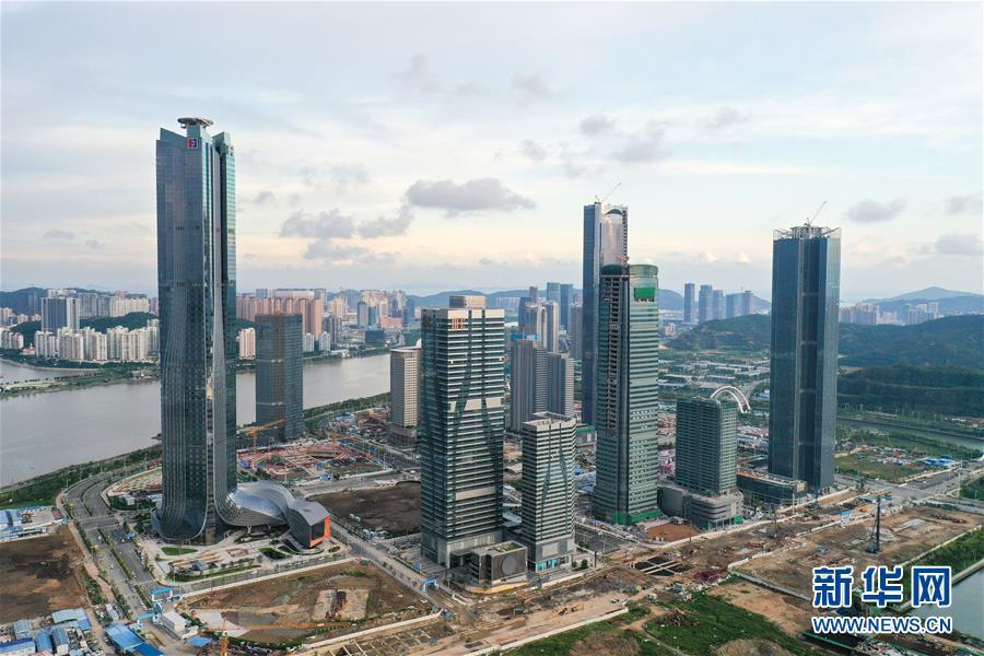 (在习近平新时代中国特色社会主义思想指引下——新时代新作为新篇章·习近平总书记关切事·图文互动)(13)我家大门常打开——经济特区全方位对外开放故事