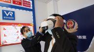 智慧警务室开展安防教育