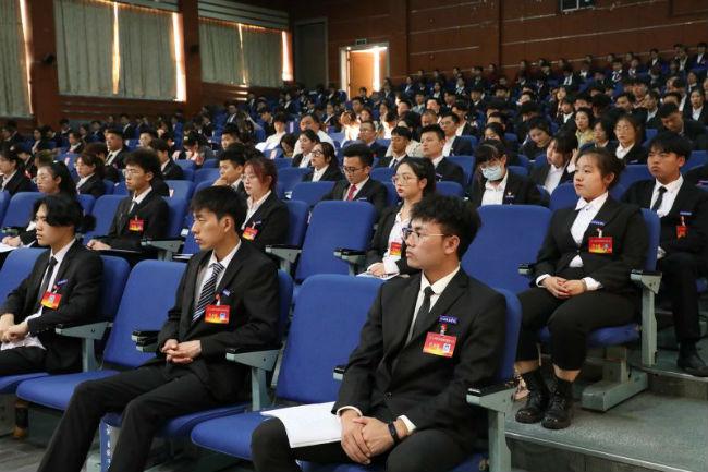 江西科技学院召开第四次学生代表大会 (2)