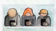 """手机不离手,成了""""低头族""""?这3个动作拯救""""手机脖"""""""