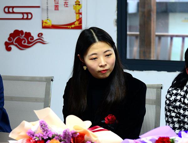 金典城抗疫熱心居民、萍鄉繁華里餐飲文化傳播有限公司法人劉欣