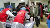 南昌大学四附院社区党支部为辖区居民开展免费糖尿病筛查活动