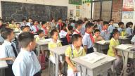 赣州市南康区第二幼儿园组织大班孩子参观小学