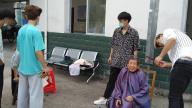 宜春市袁州区三阳镇慈善会联合社会团体开展爱心公益活动