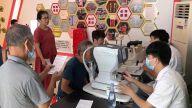 萍乡八一街:眼科义诊进社区 爱心奉献办实事