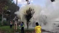 宜春市经开区:巡查路上突遇火情 执法人员参与灭火除隐患