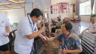 上饶市万年县中医院组织开展义诊服务活动