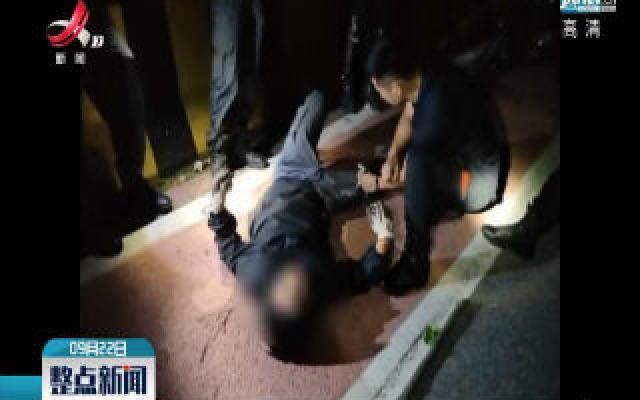 萍乡:骑车男子被撞飞 辅警全力营救