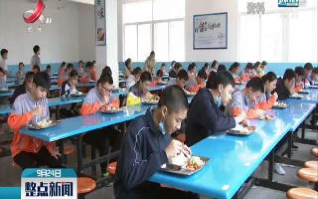 教育部:全国义务教育阶段辍学学生由60万人降至2419人